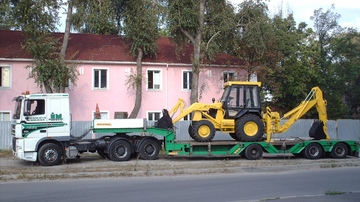 Transporting agricultural equipment